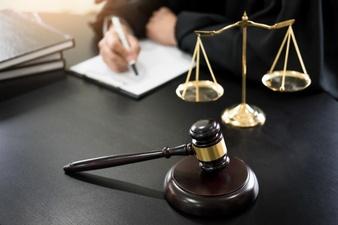 مشاوره حقوقی رایگان با وکیل دادگستری