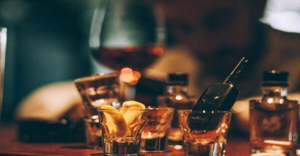 همهی نوشیدنیها شامل مجازات شرب خمر میشوند